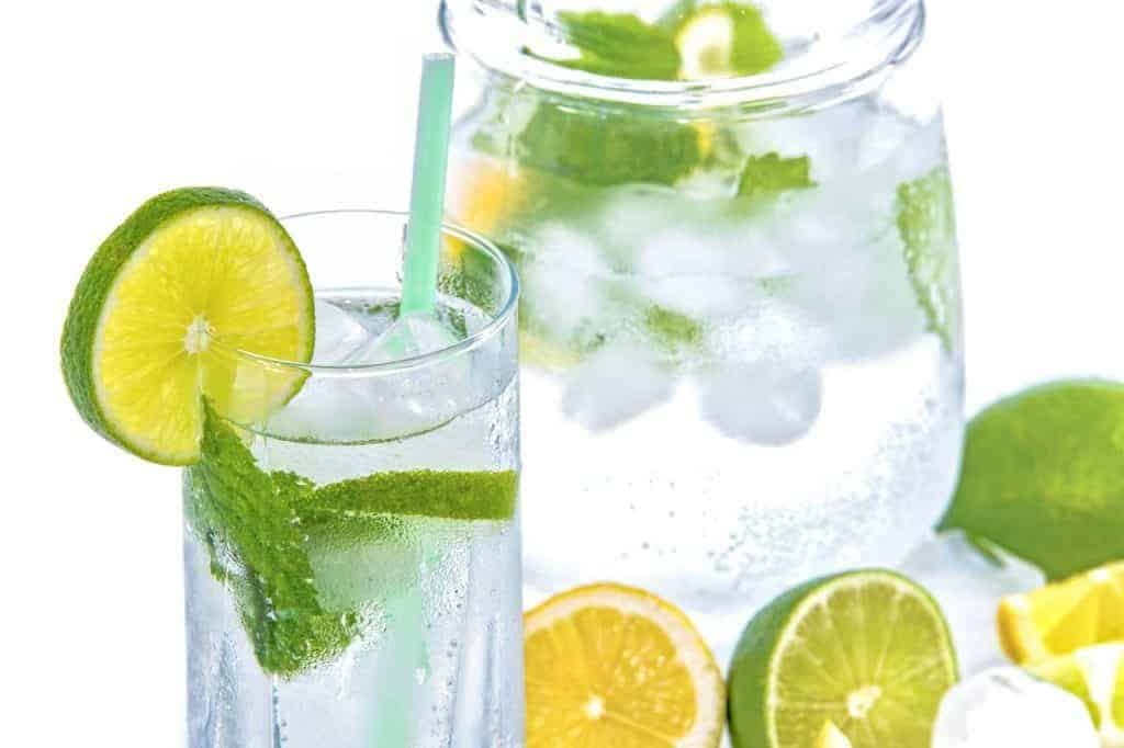 how-to-drink-more-water-every-day-fruit-infused-water-1024x682-1351865