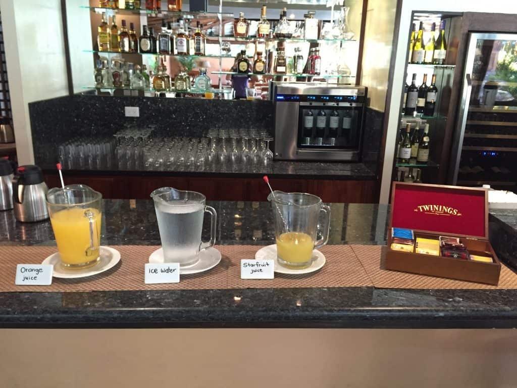jardin-del-eden-boutique-hotel-review-breakfast-tea-juice-1024x768-4673875