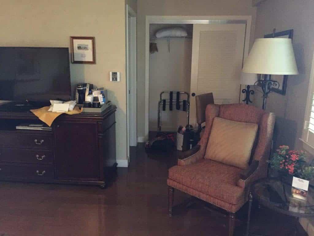 review-casa-munras-garden-hotel-spa-monterey-california-room-pic-1024x768-9018312