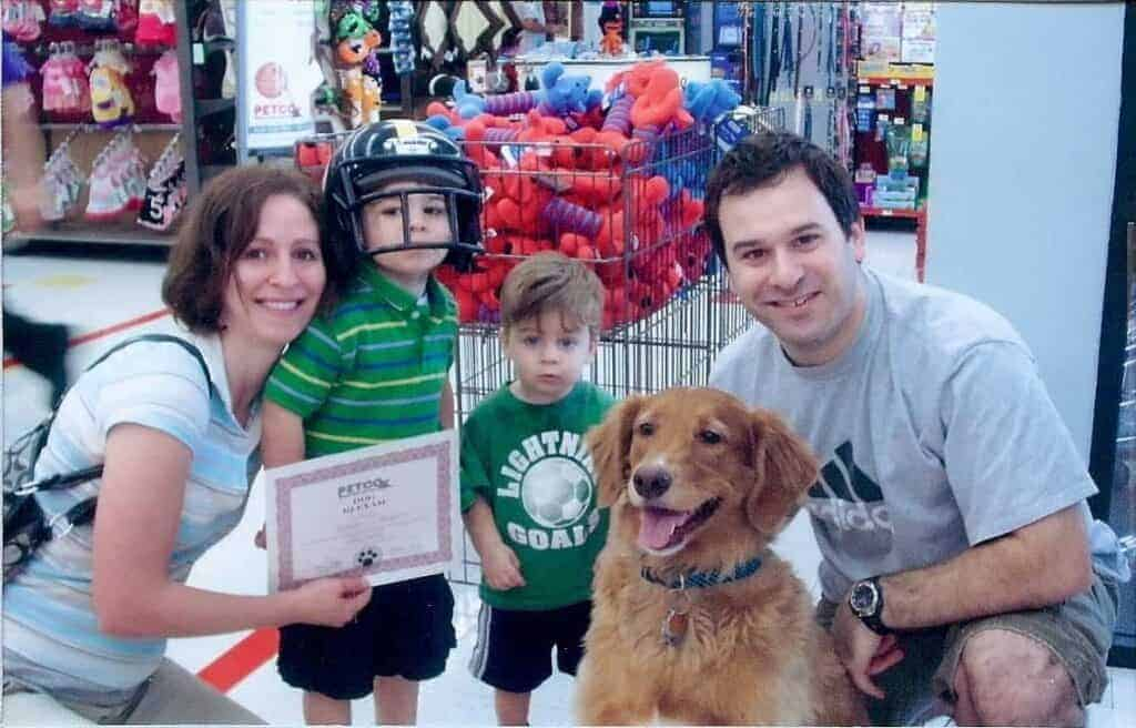 at-petco-with-the-family-intellegent-dog-certificate-1024x656-9707508