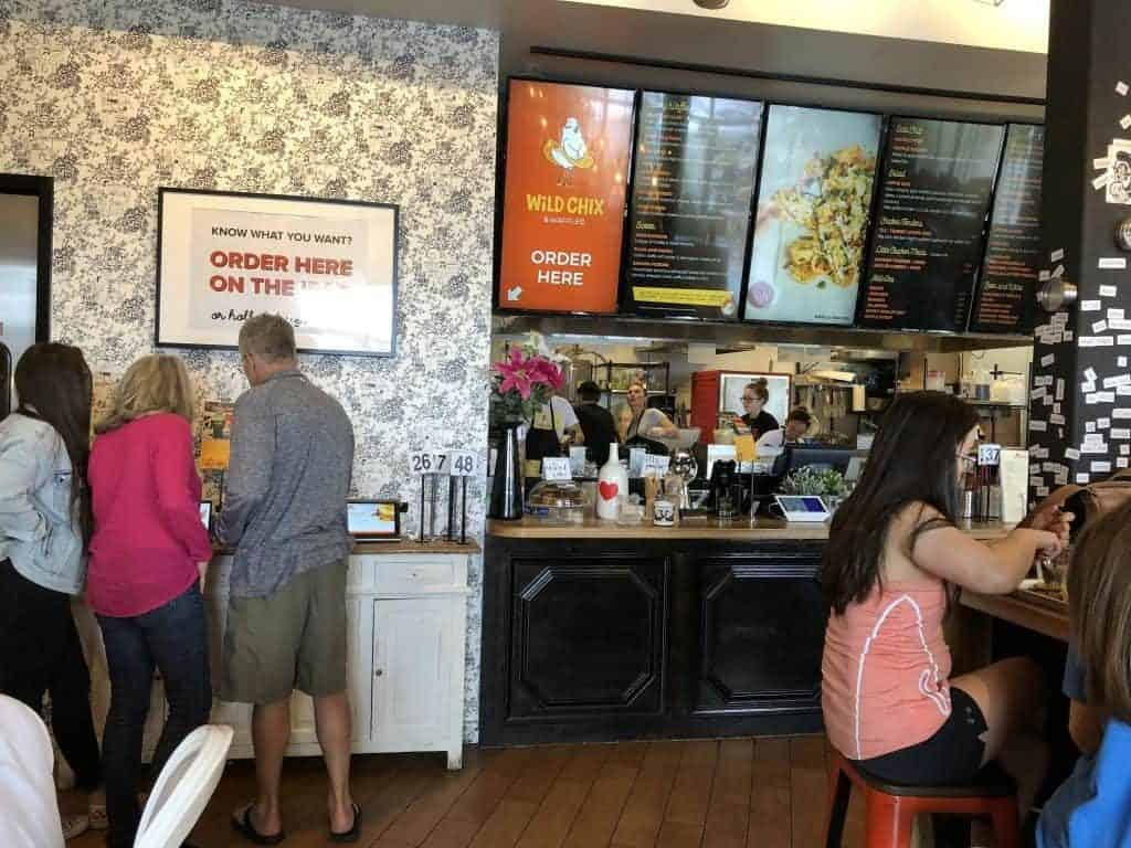 how-to-order-food-counter-or-ipad-wild-chix-and-waffles-austin-texas-restaurant-1024x768-7683192